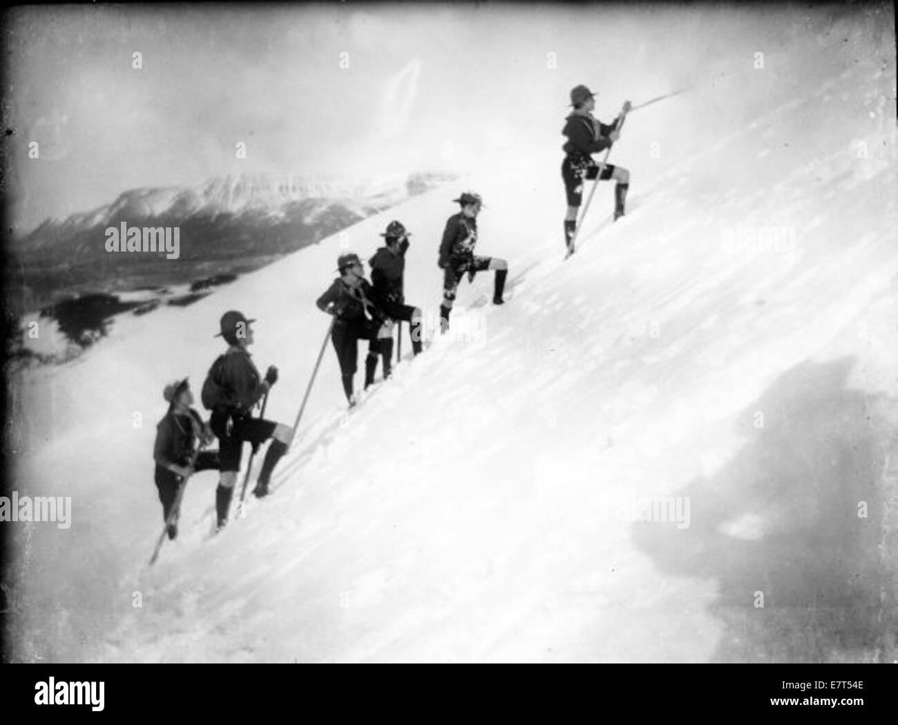 Skátar Klífa Fjall Umm Vetur. 1925-1935 Stockbild