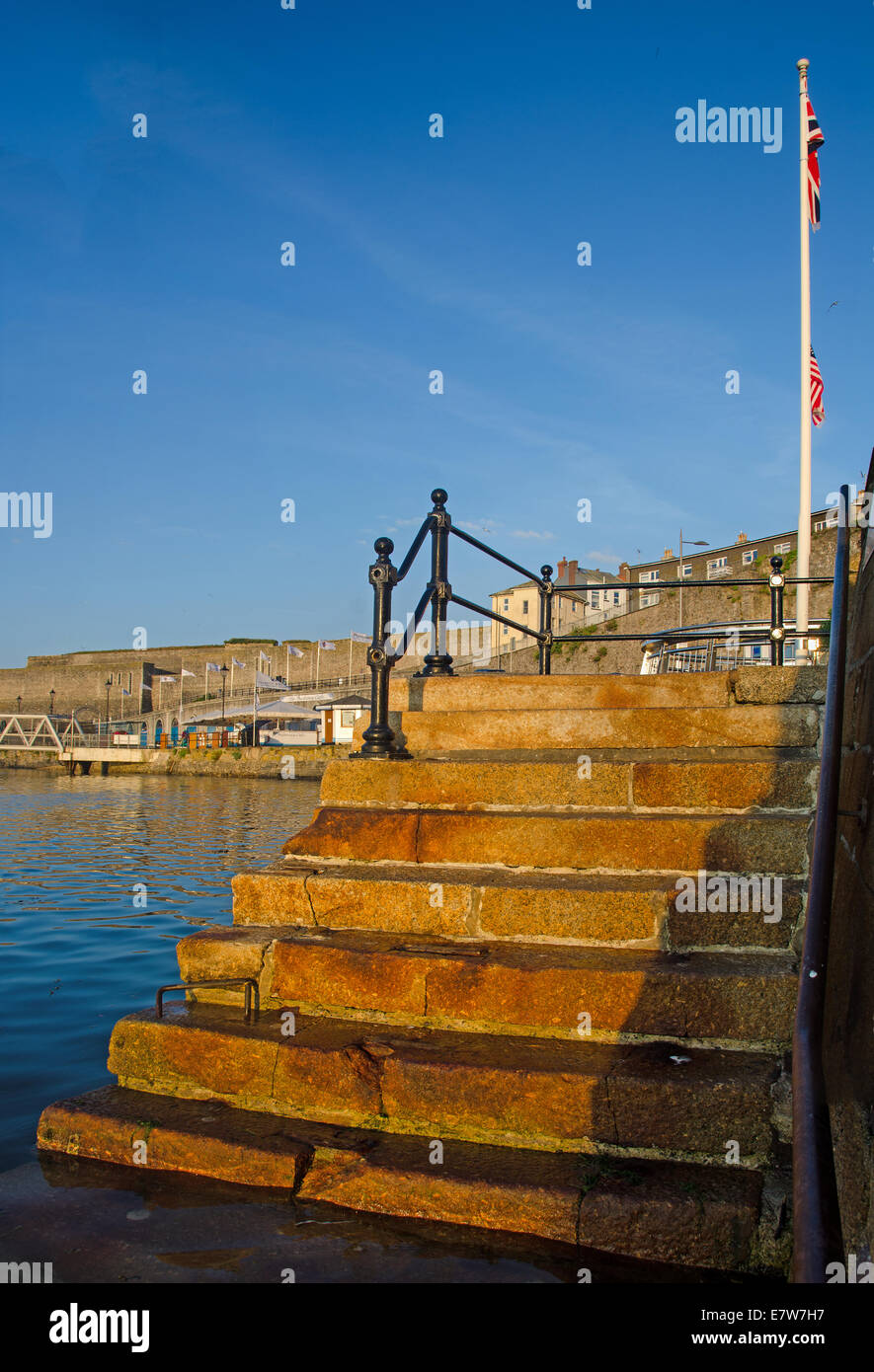 Morgensonne auf der Mayflower in Plymouth, Devon. Stockbild
