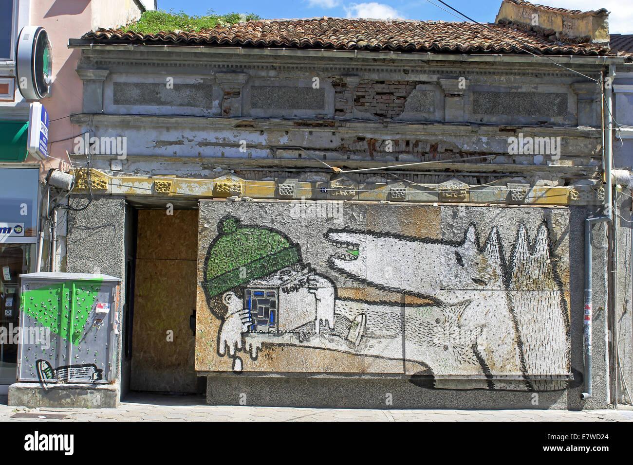 Graffiti in in den Straßen von Veliko Tarnovo, eine der ältesten Städte in Bulgarien, und einmal Stockbild
