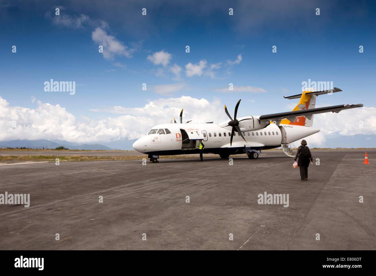 Ost Bhutan Yongphula Flughafen Druk Air Atr 42 500 Flugzeuge Auf