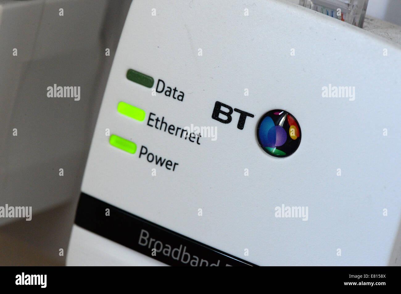 Erweitern Sie Ihr Breitband-Heimnetzwerk mit einem Heim-Stecker, in ...