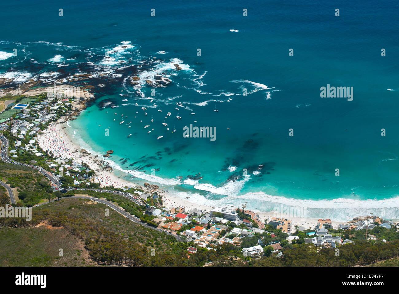 Blick auf die vier Strände von Clifton an Kapstadts Atlantikküste. Stockbild