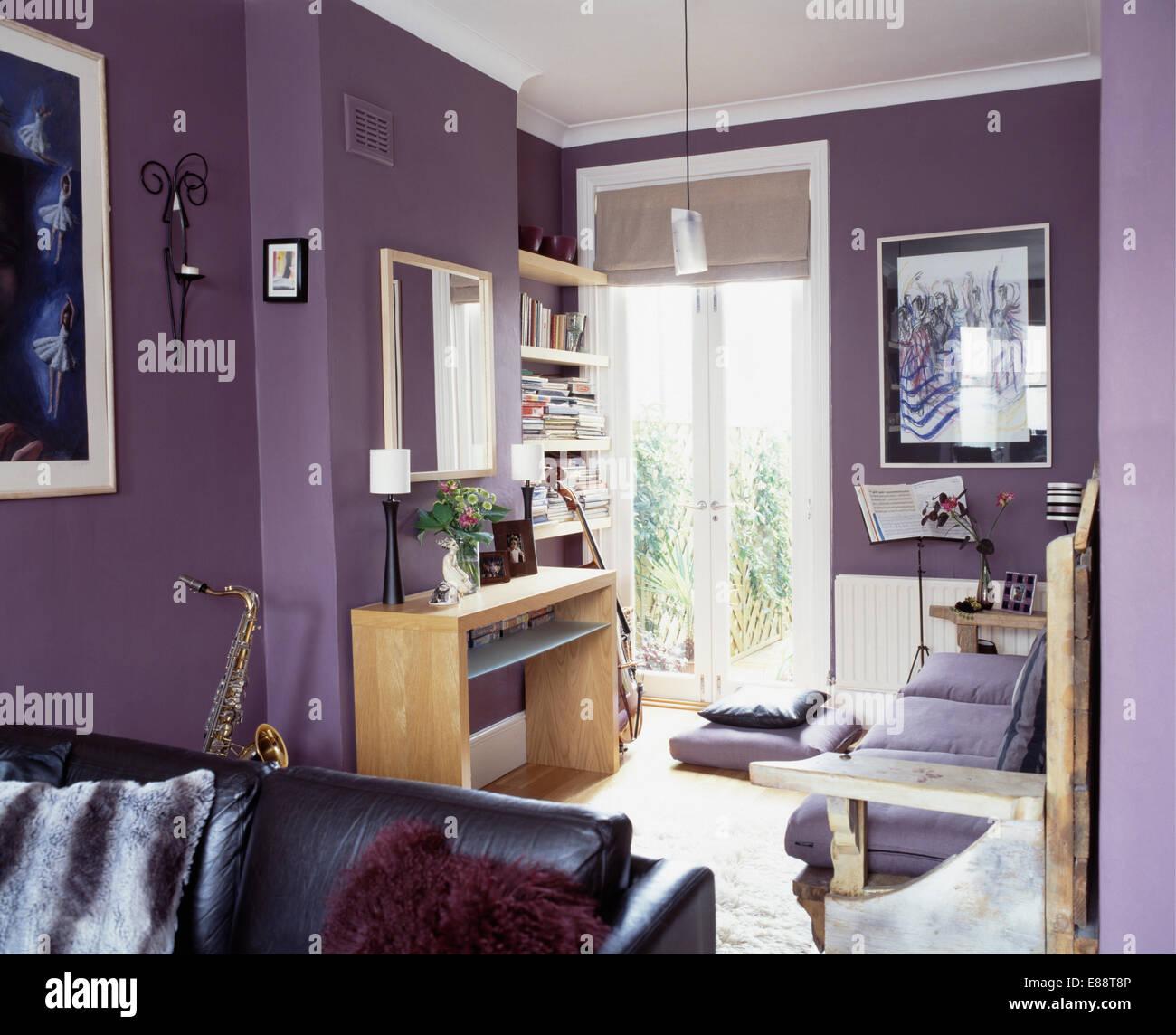 Lila Wohnzimmer, kleiner schreibtisch in modernen lila wohnzimmer mit französischen, Design ideen