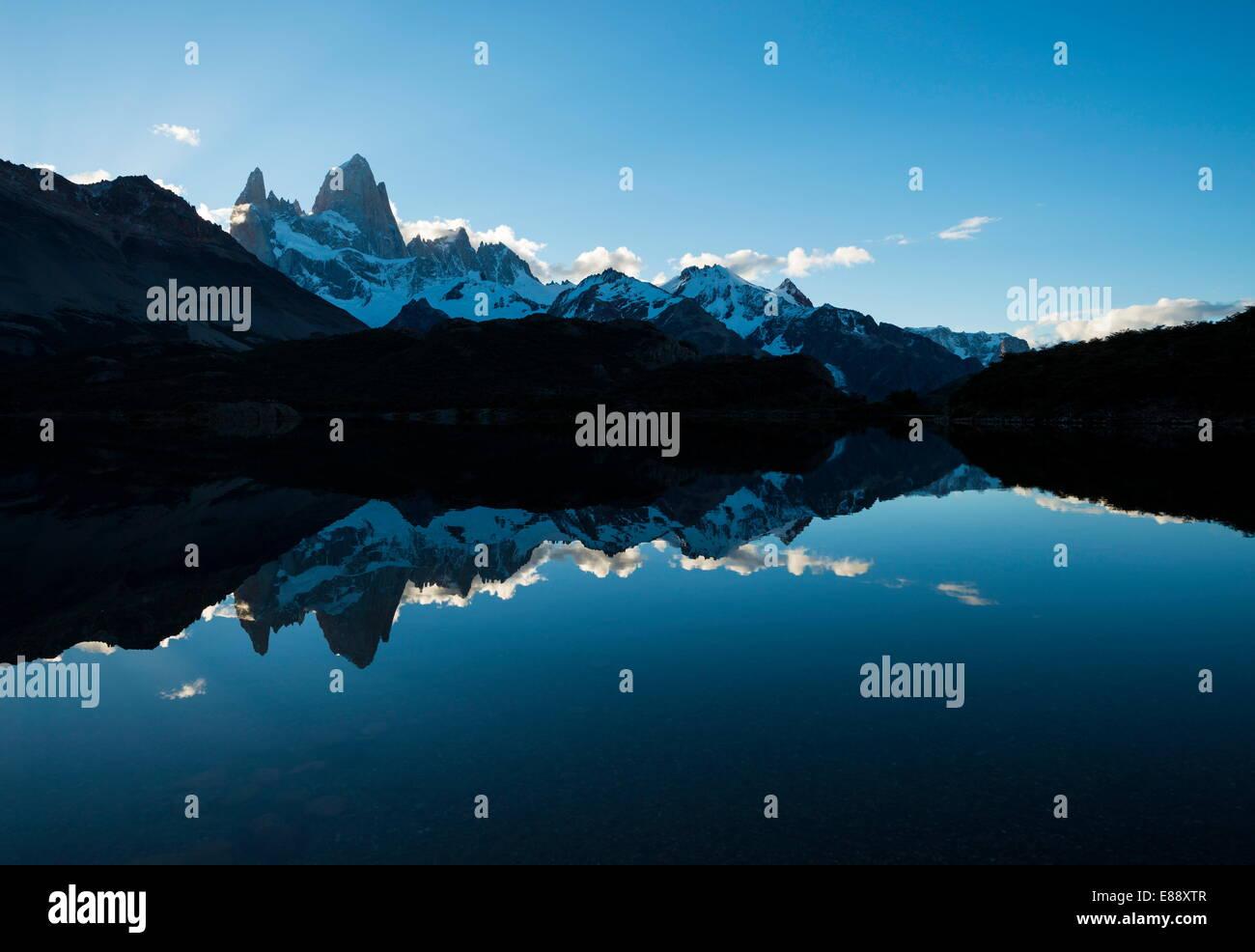 Fitz Roy Bergkette, Laguna Capri, der Nationalpark Los Glaciares, der UNESCO, Provinz Santa Cruz, Argentinien Stockbild