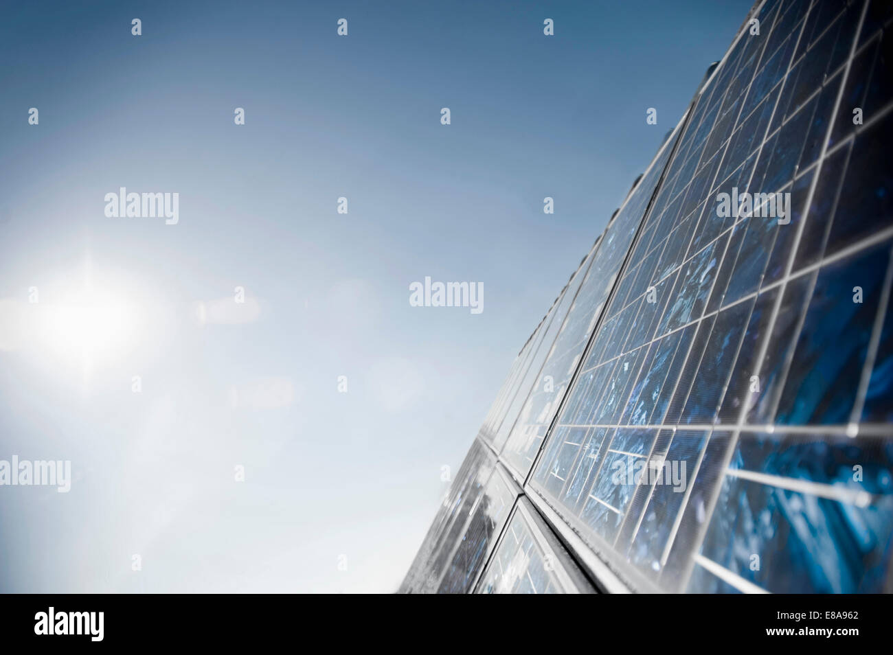 Sonnenkollektoren, Bayern, Deutschland Stockbild