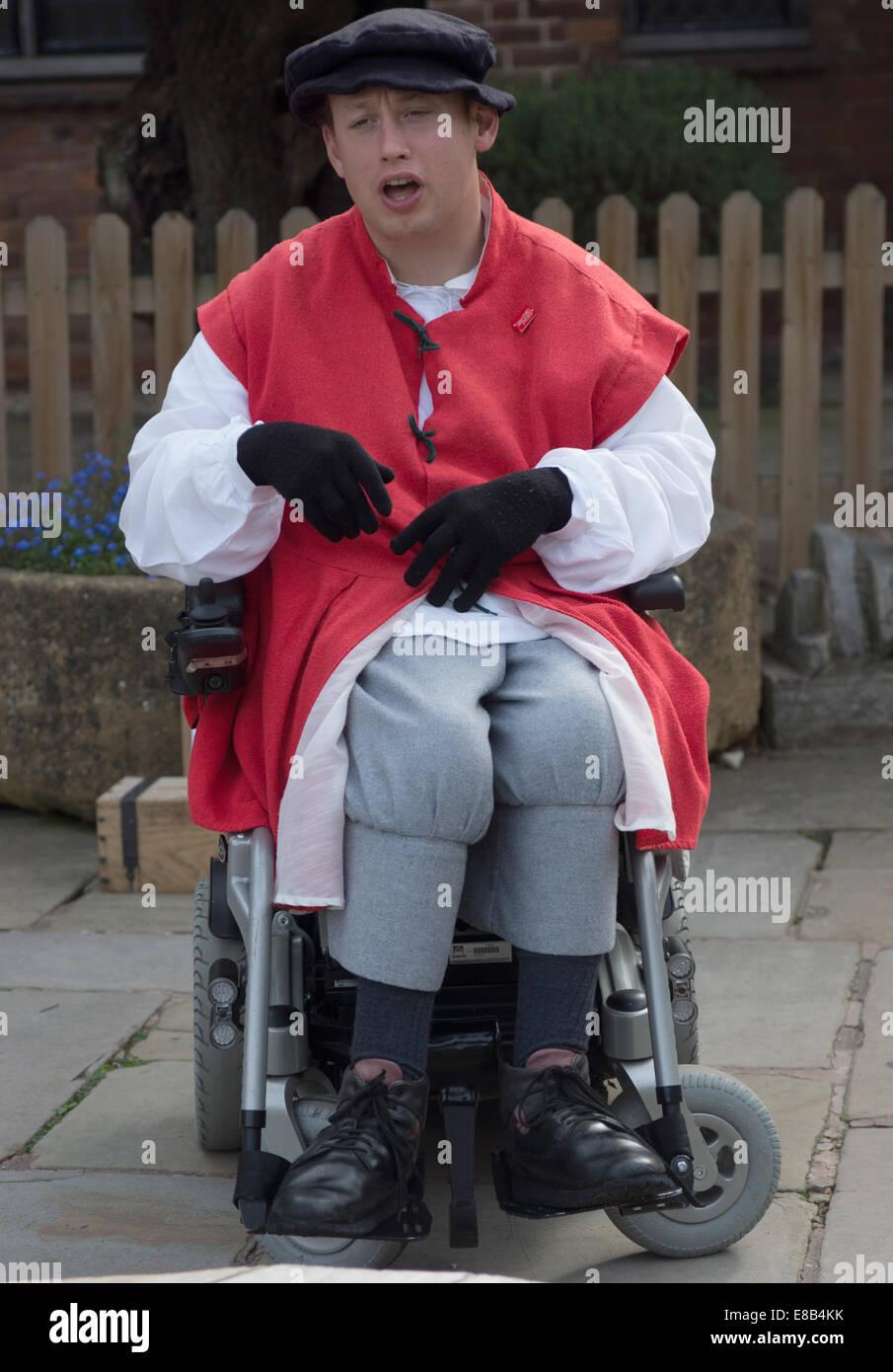 Schauspieler im Rollstuhl deaktiviert Shakespeare-Mimen Stockbild