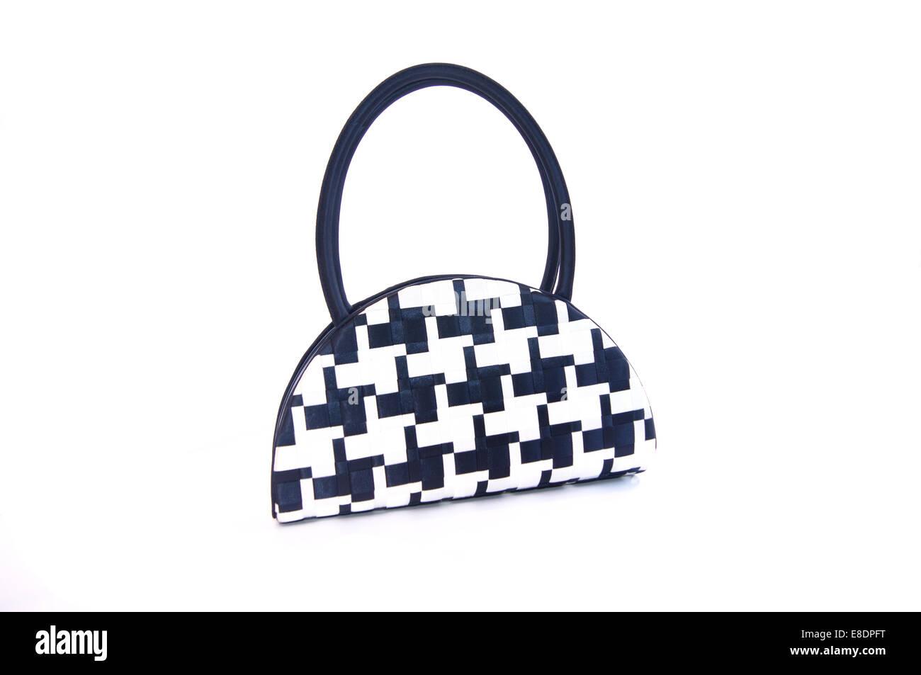 8711fd22a55b2 Black And White Handtasche isoliert auf einem weißen Hintergrund. Stockbild