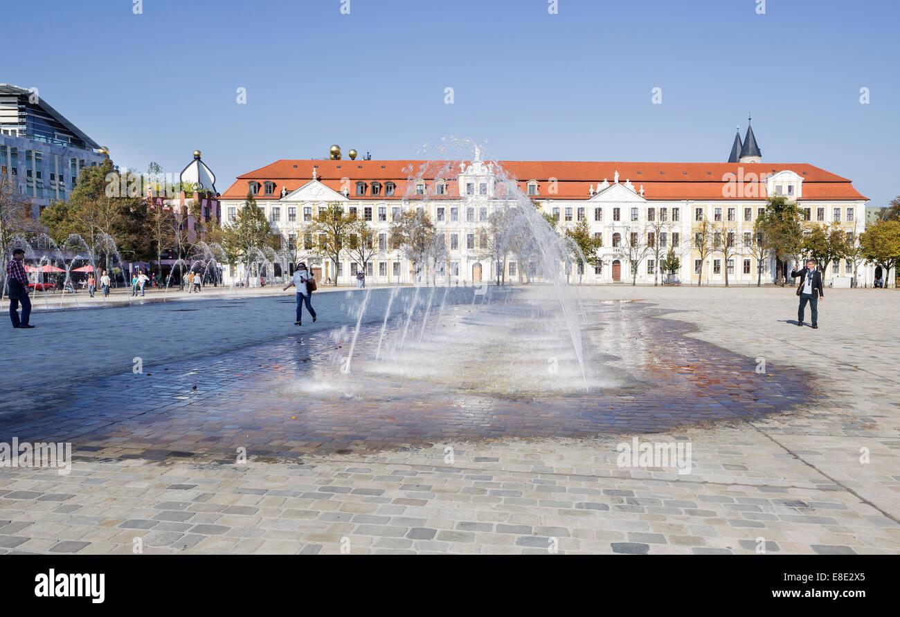 Domplatz mit der Landtag, Magdeburg, Sachsen Anhalt, Deutschland Stockbild