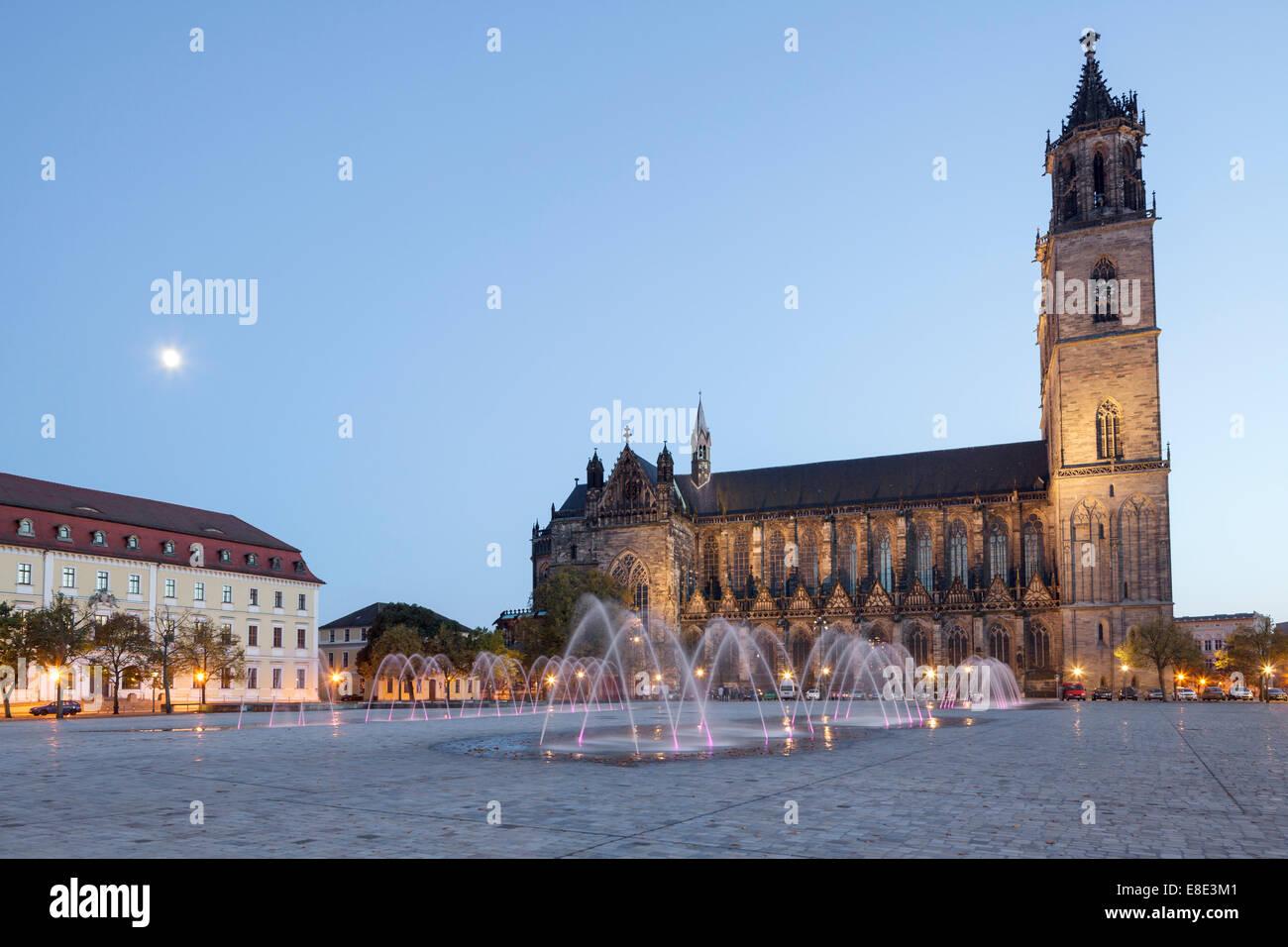 Domplatz mit Dom, Magdeburg, Sachsen Anhalt, Deutschland Stockbild