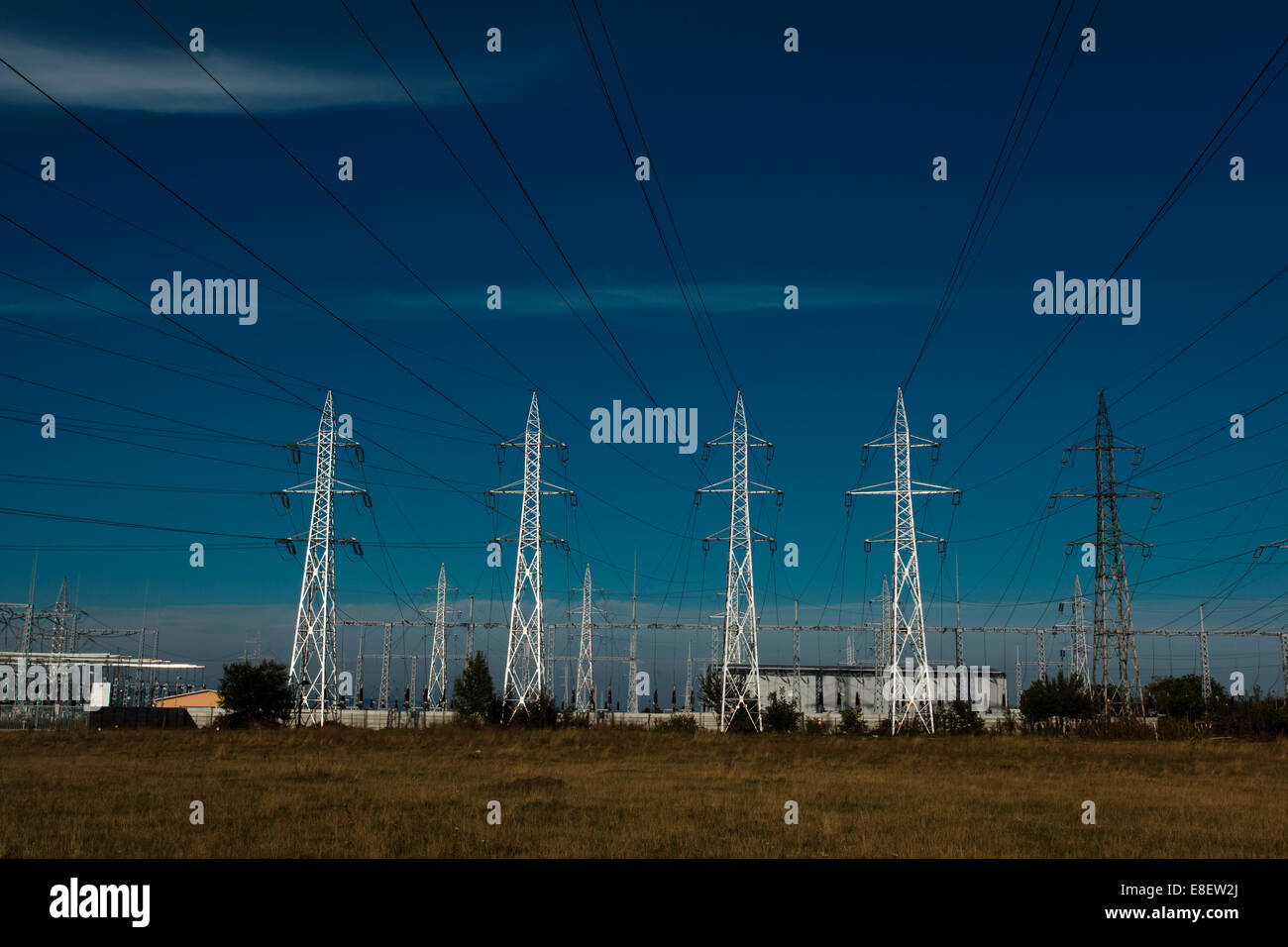 Strom-Stromleitungen Stockbild