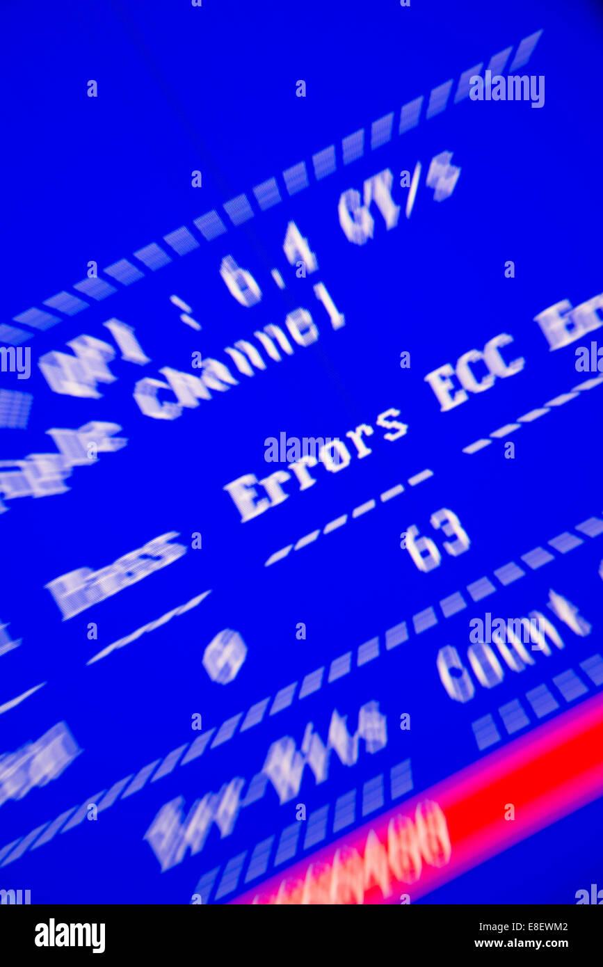 Fehlermeldung auf einem blauen Bildschirm Stockbild