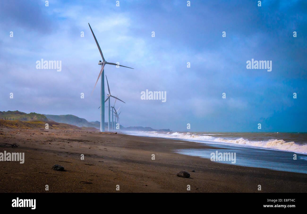Philippinen, Ilocos Norte, Laoag, Bild von Windkraftanlagen Stockbild