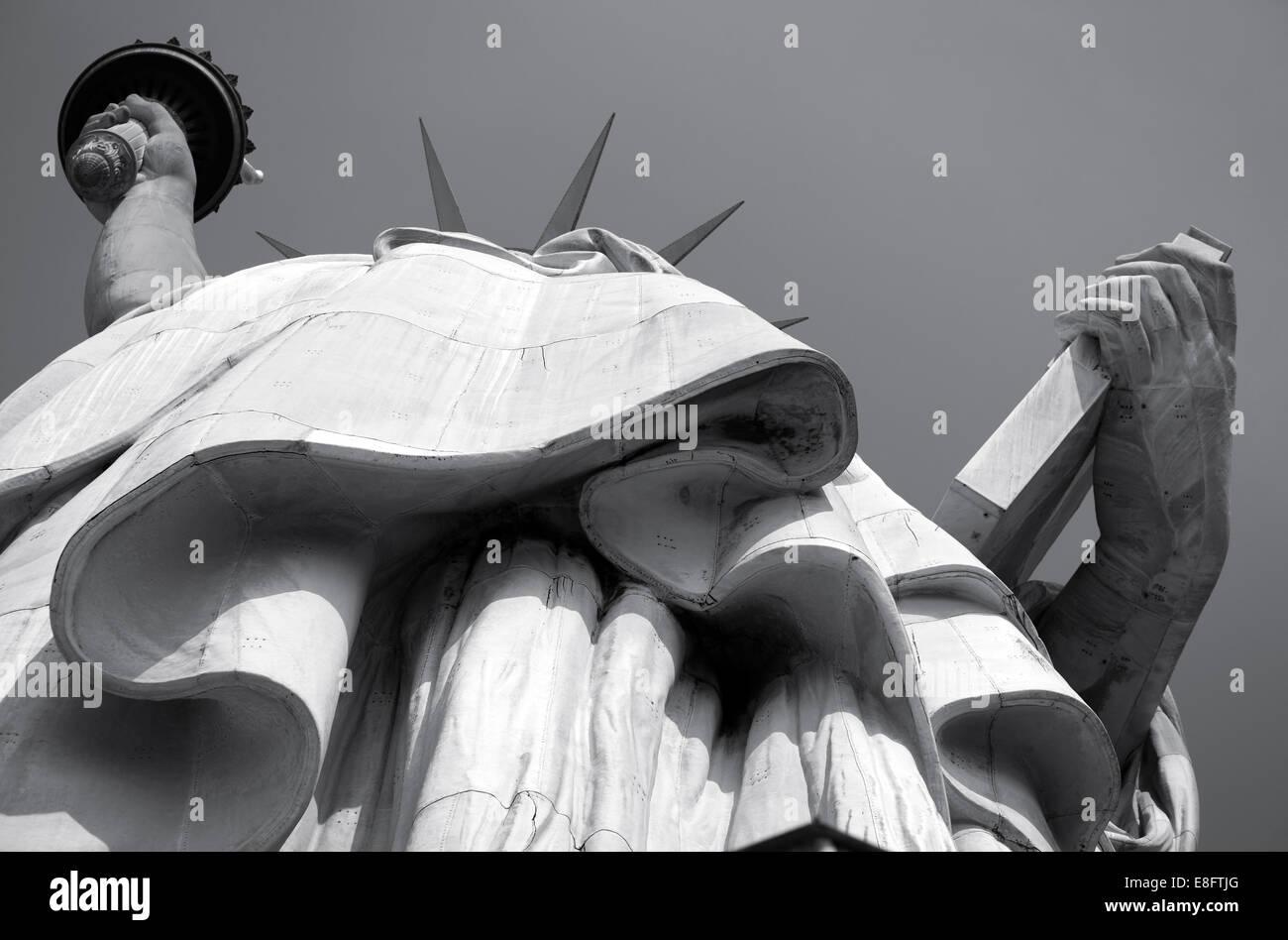 USA, New York State, New York City, New Yorker Freiheitsstatue Ansicht von unten Stockbild