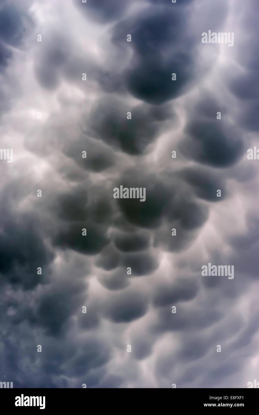 USA, Illinois, Blick auf dramatische Wolkengebilde Stockbild