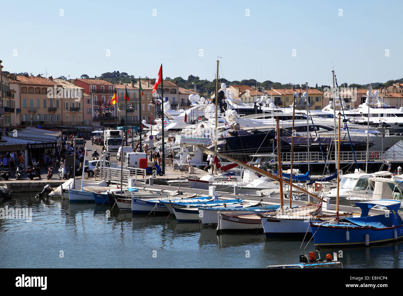 saint tropez stockfotos saint tropez bilder alamy. Black Bedroom Furniture Sets. Home Design Ideas