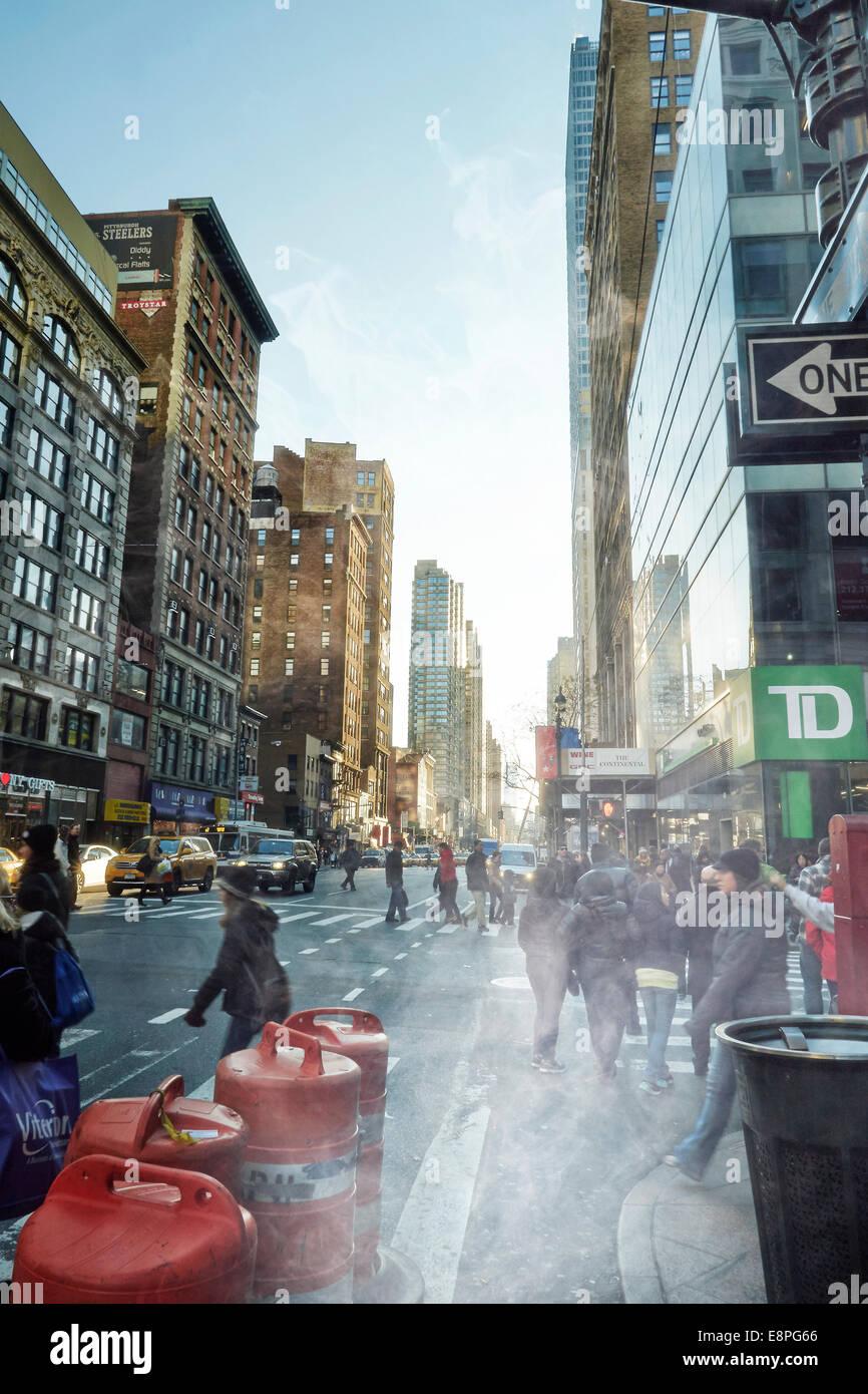 Blick auf Street in Manhattan Stockbild