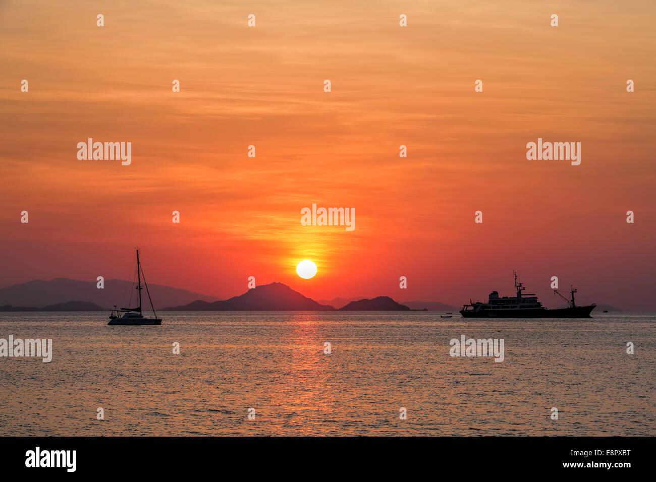 Sonnenuntergang auf Flores Stockbild