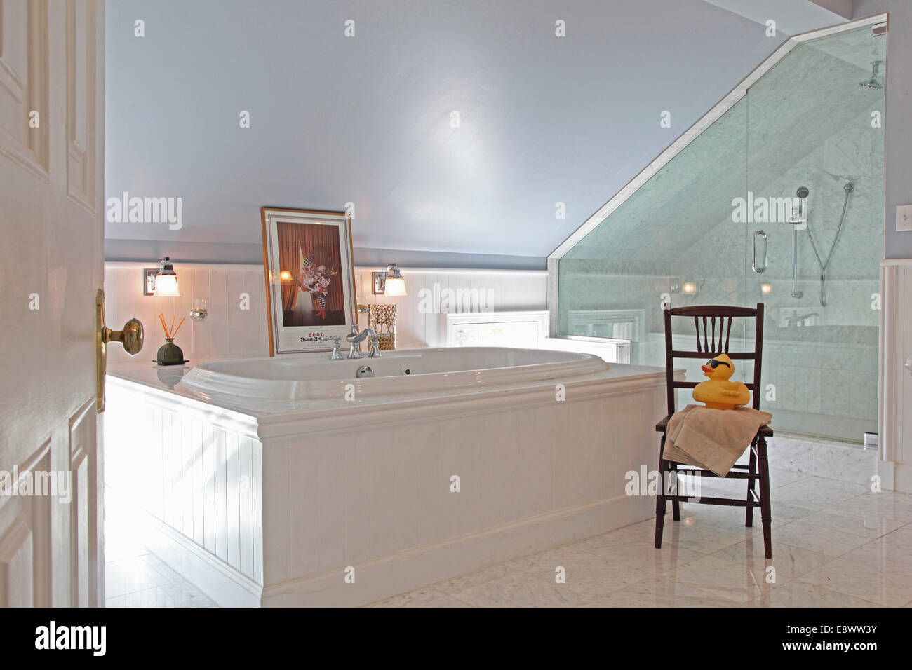 Eitelkeit Dusche In Dachschräge Das Beste Von Modernes Bad Mit Glas Umschlossen Und Großer