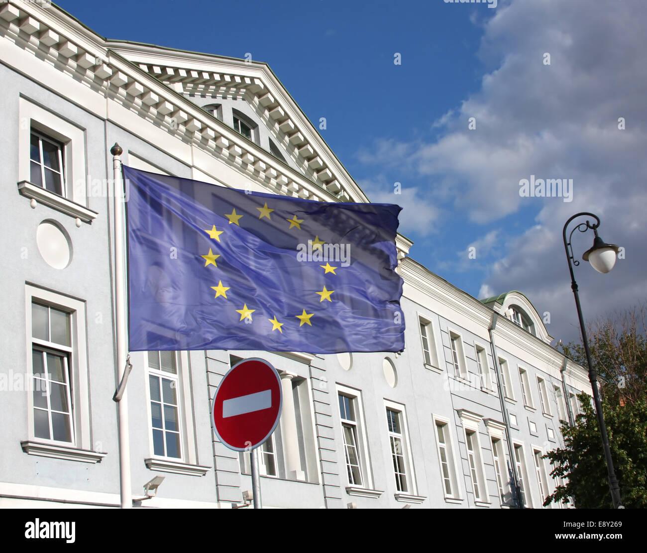 EU Flagge und geben Sie keine Verkehrszeichen Stockbild