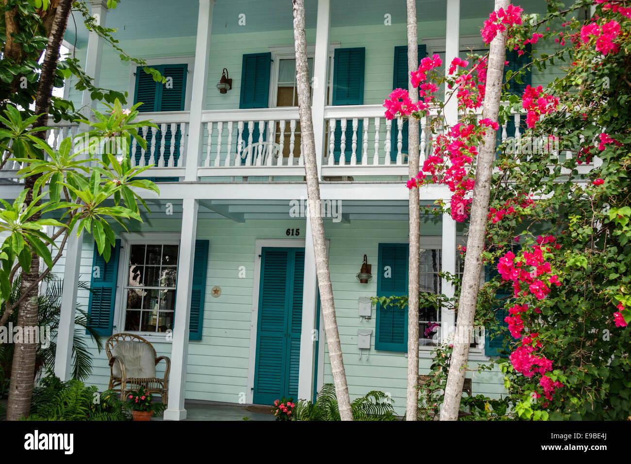 Florida Key West Frances Straße Haus Hause Privatresidenz Balkon Geländer  Tropischen Vegetation Landschaftsbau Stockbild