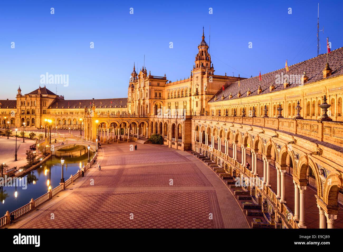 Sevilla, Spanien am spanischen Platz (Plaza de Espana). Stockbild