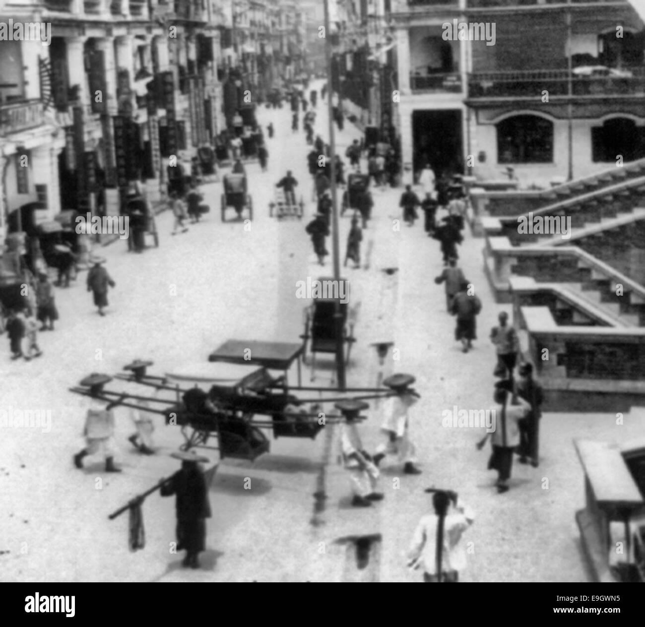 6933a1b64b European Ladies Einkaufen in Hong Kong, China, um 1900 Stockbild