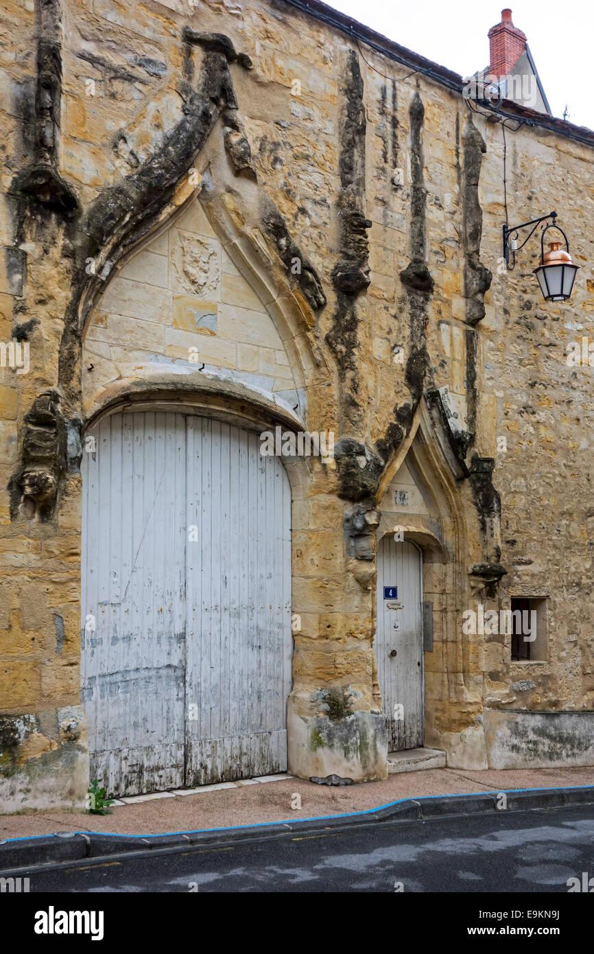 Mittelalterliche Tür im Flamboyantstil Ancienne Chambre des ...