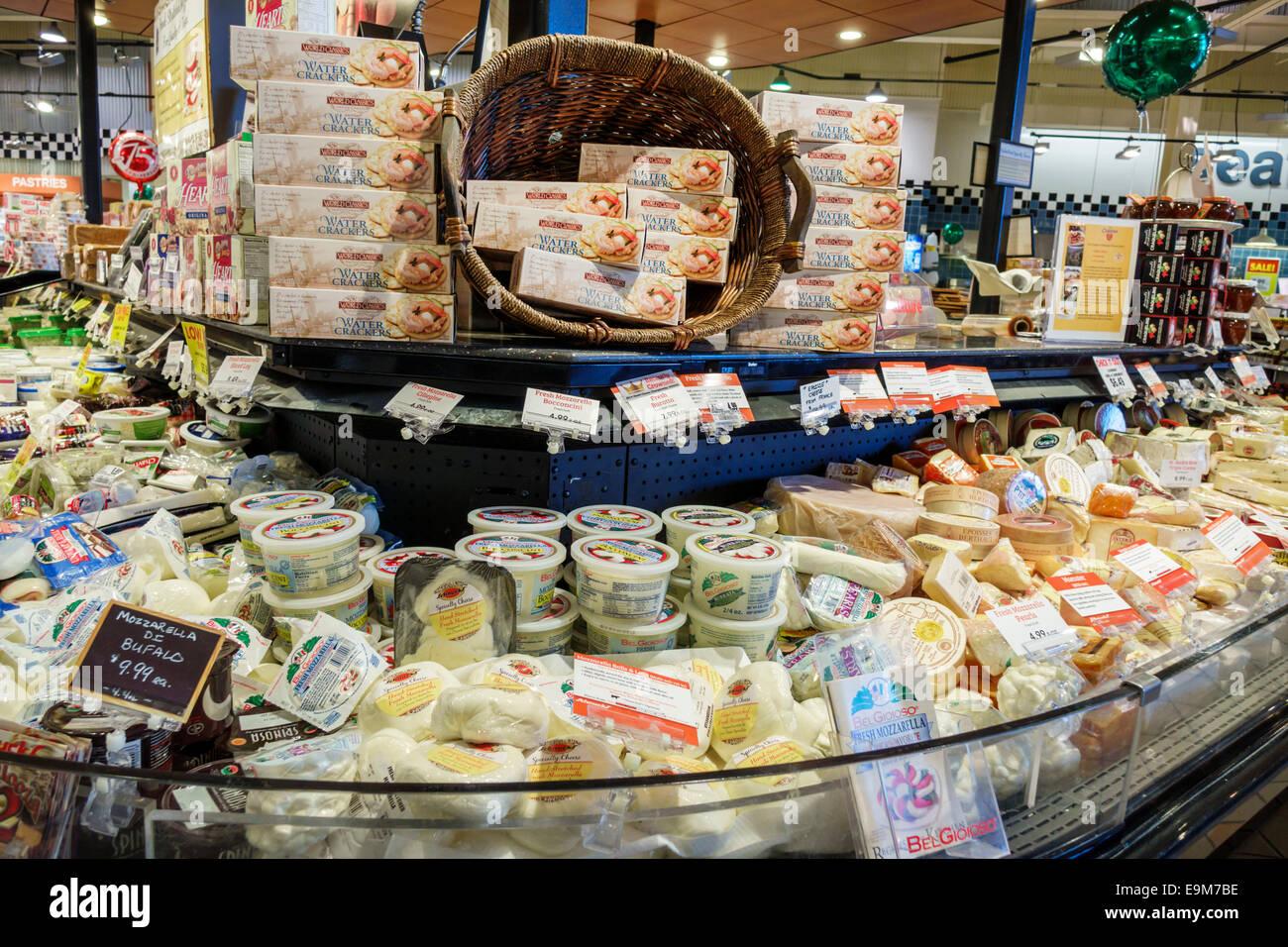St Louis Missouri Saint Waldpark Schnucks Supermarkt Lebensmittel Verkauf Anzeigen Einkaufen Kase Milchprodukte