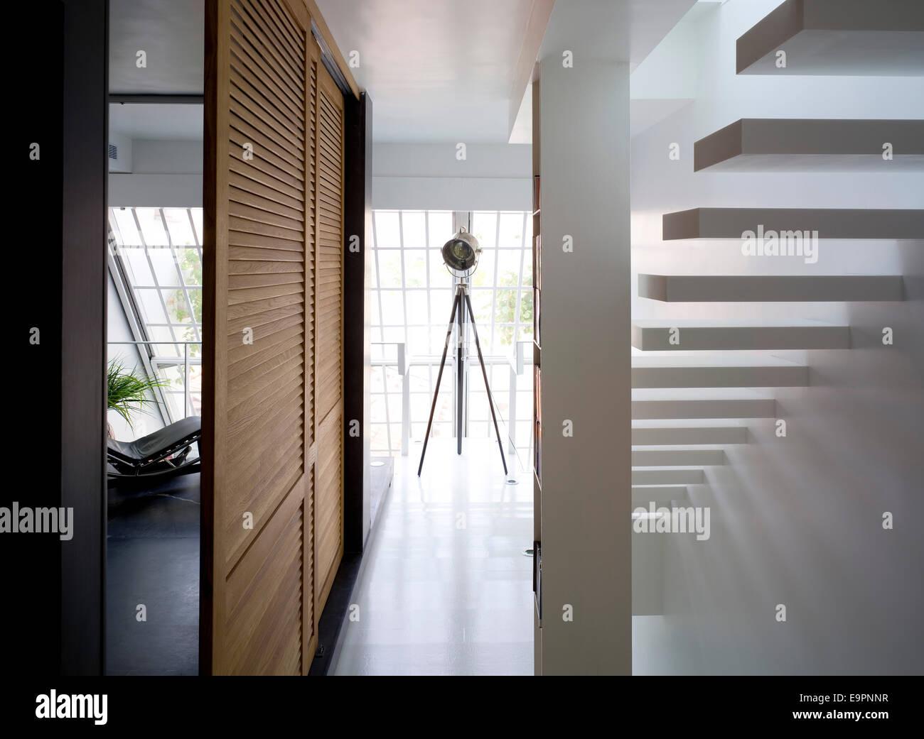 Louvered Stockfotos & Louvered Bilder - Alamy