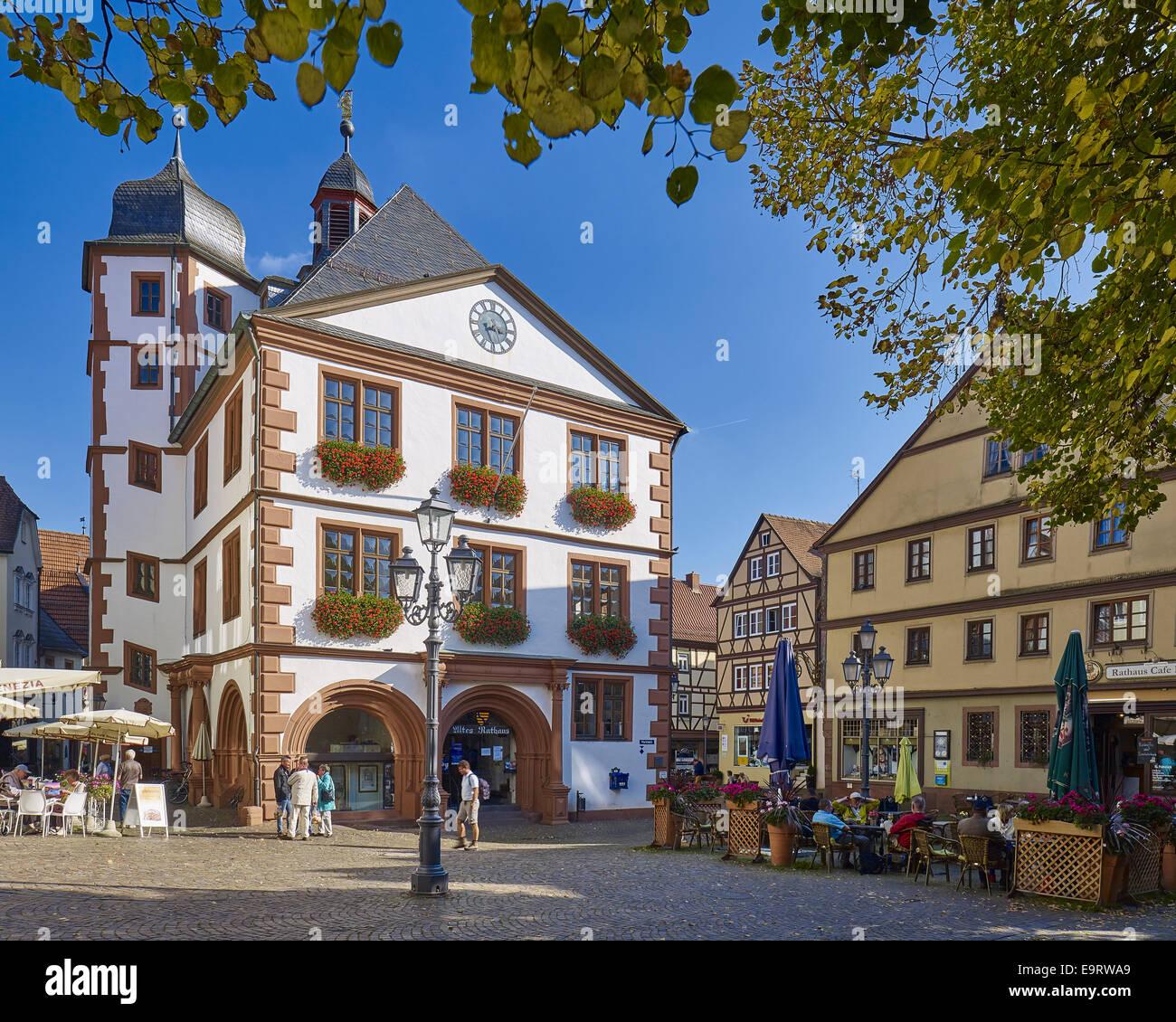 Rathaus in der altstadt lohr am main bayern deutschland for Heimbach lohr am main