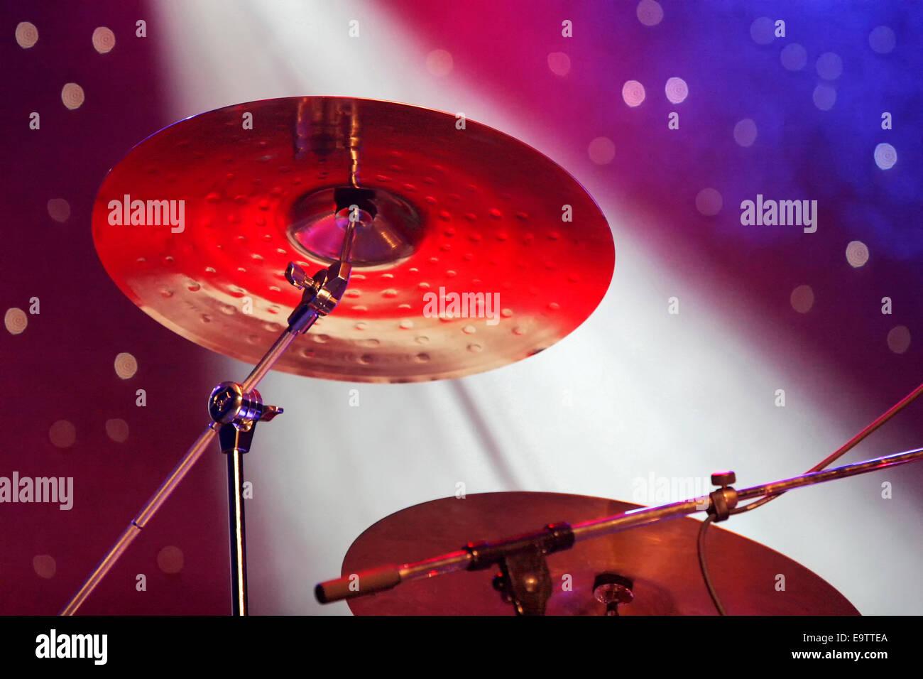 Concert Stage Set Up Stockfotos & Concert Stage Set Up Bilder - Alamy