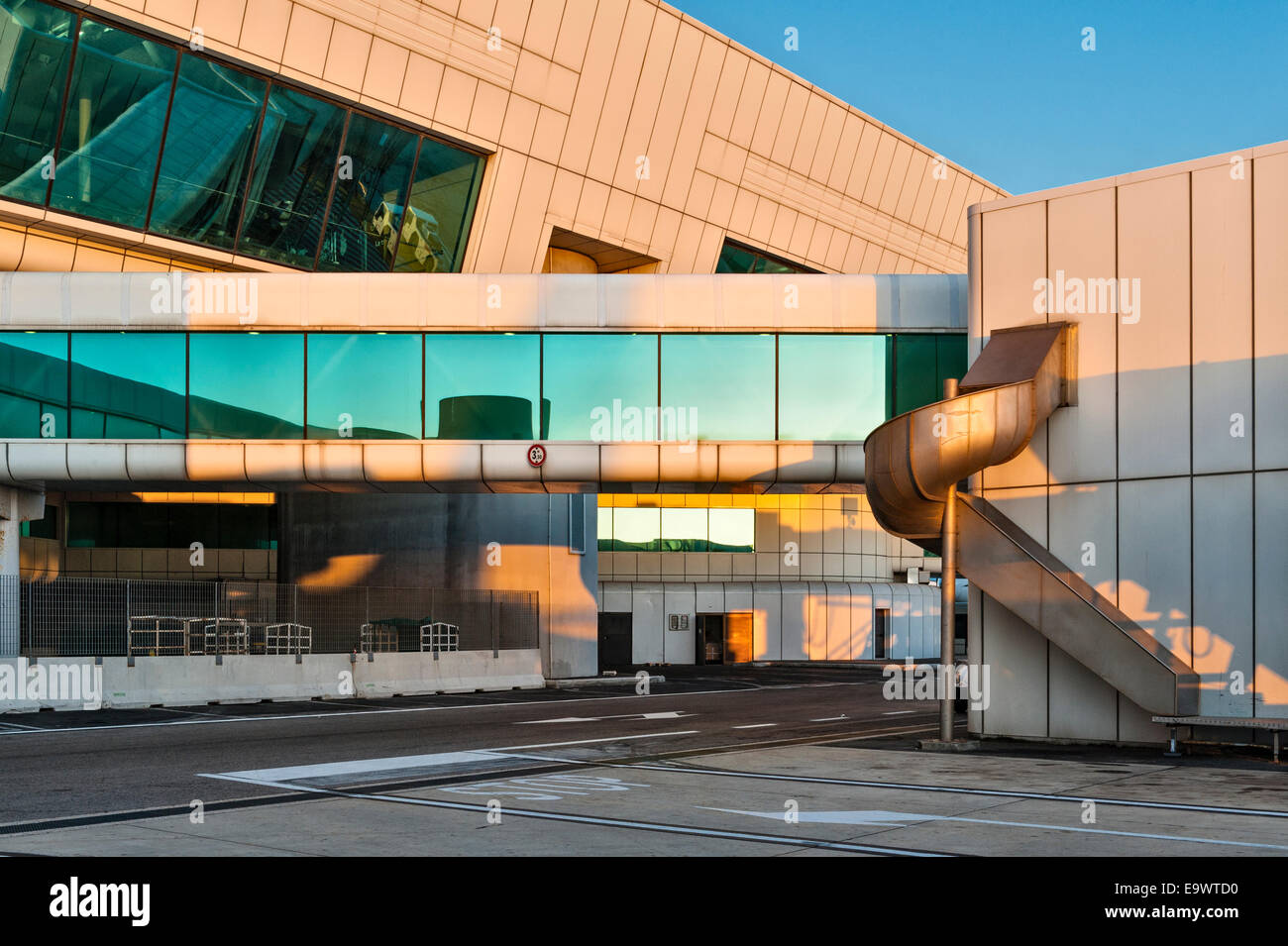 Flughafen-Architektur, UK Stockfoto