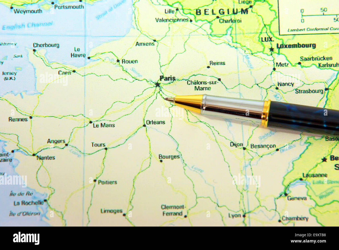 Frankreich Karte Stadte.Stift Die Stadt Paris In Frankreich Karte Anzeigt Stockfoto