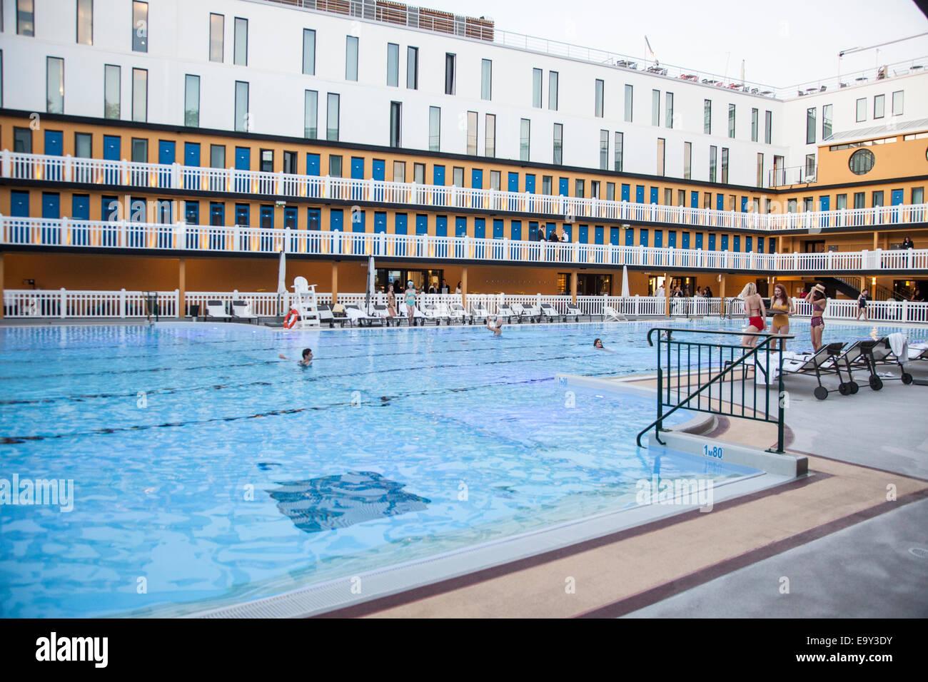 Frankreich Paris Hotel Molitor Schwimmbad Stockfoto Bild