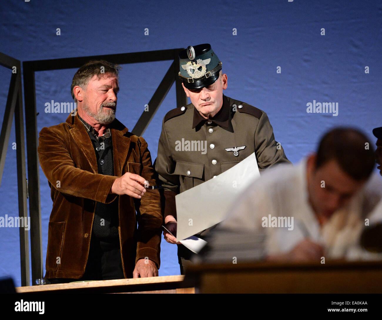 Ziemlich Hypothekendarlehen Offizier Nimmt Proben Bilder - Entry ...