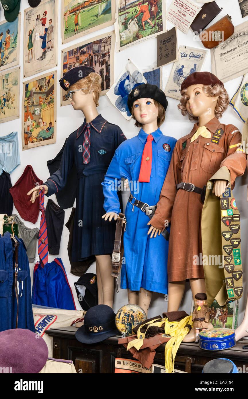 Der Land of Lost Content, ein Museum von 20c britischen Populärkultur, Craven Arms, Shropshire. Pfadfinderinnen Stockbild