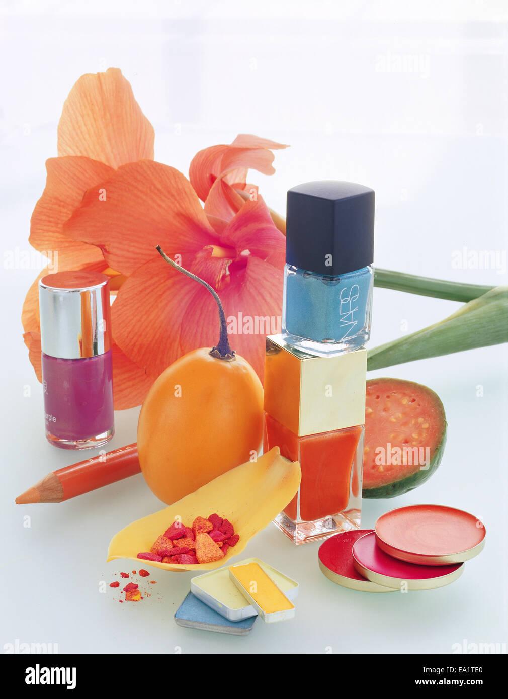 Still-Leben verschiedene Make-ups und Blume Stockbild