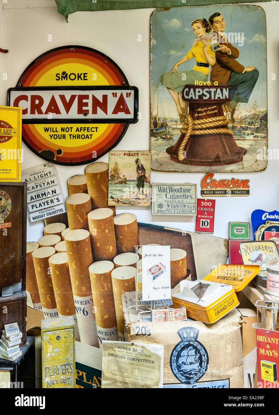 Der Land of Lost Content, ein Museum von 20c britischen Populärkultur, Craven Arms, Shropshire. Zigaretten Stockbild