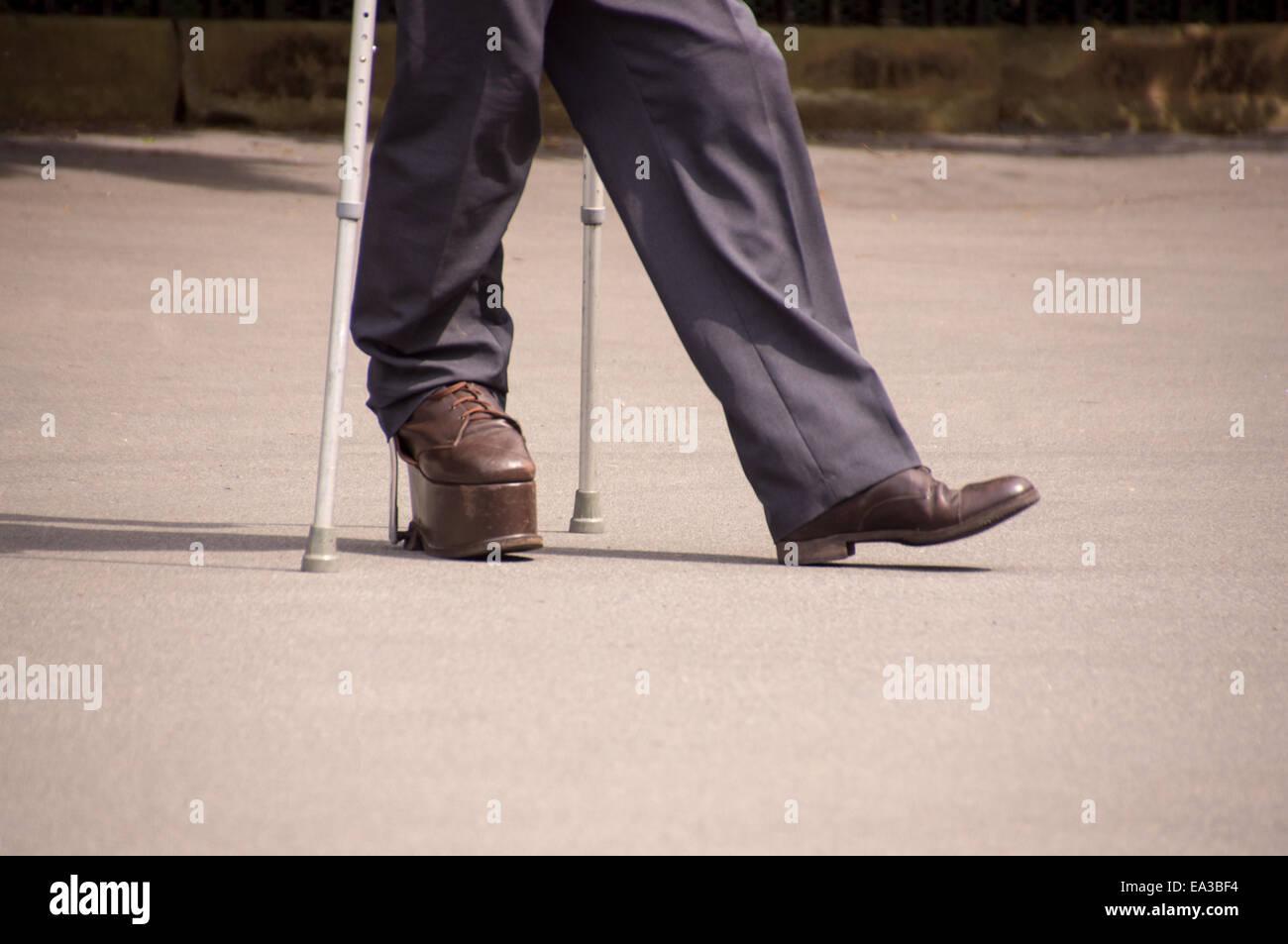 Nahaufnahme einer Person mit einer Behinderung. Stockbild