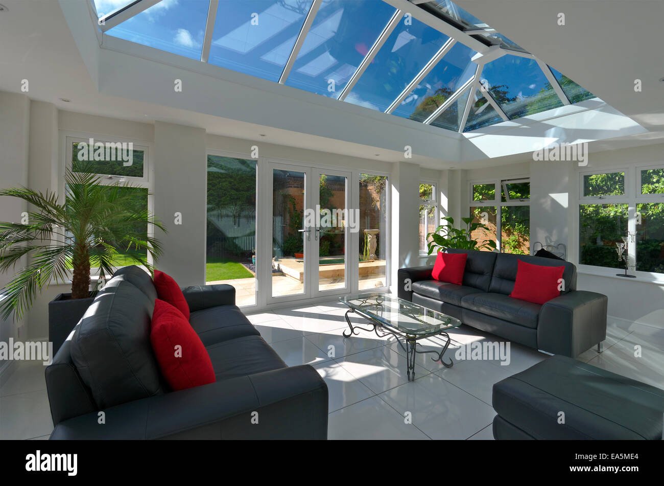 conservatory interior stockfotos conservatory interior. Black Bedroom Furniture Sets. Home Design Ideas