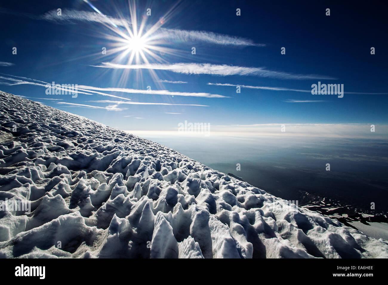 Sonne und Schnee am Berg, Mount Adams, Washington State, America, USA Stockbild