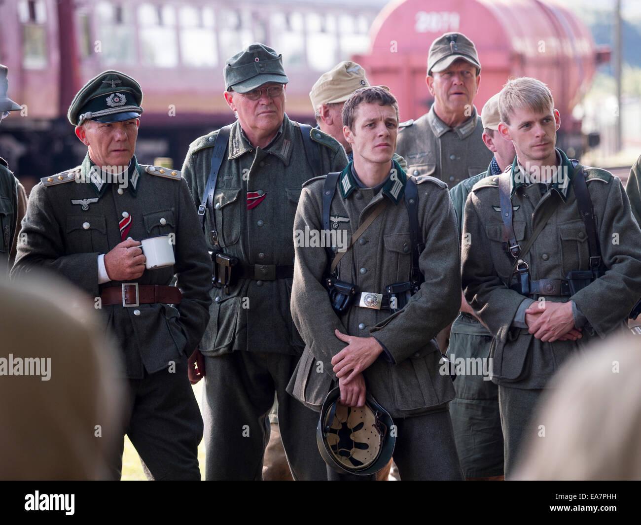 WW11 Enthusiasten Re-inszeniert Weltkrieg zwei Schlachten verkleidet als deutsche Soldaten, Derbyshire, UK Stockbild