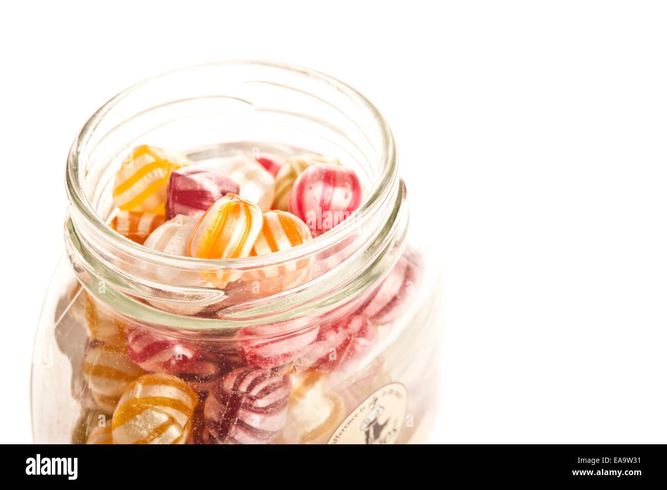 Glas mit Frucht Bonbons Mrs Bridges Stockbild