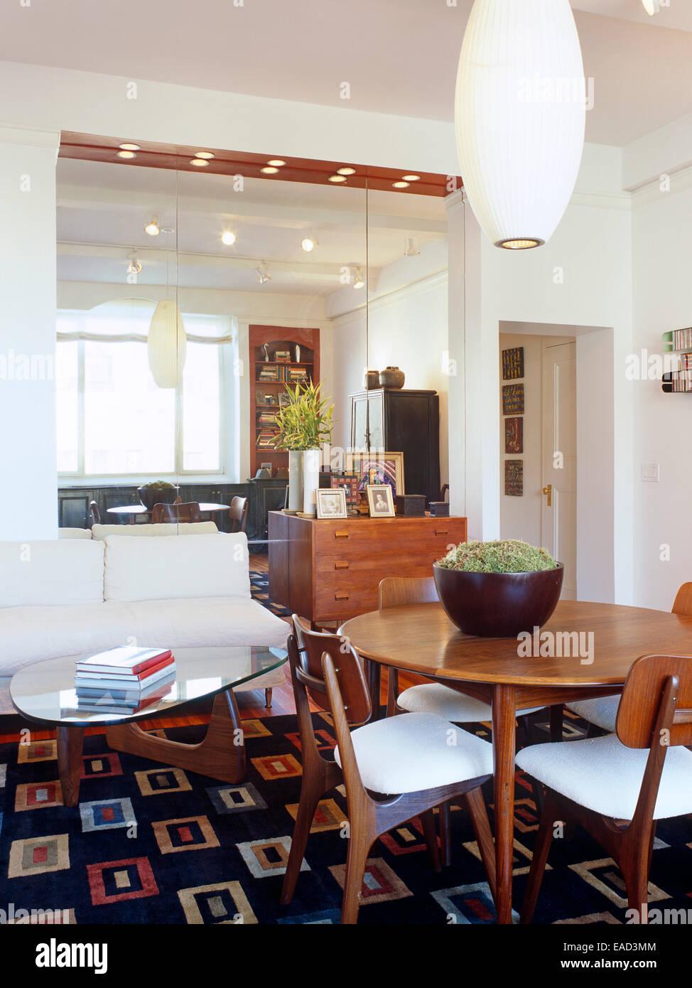 Home Dekor Einrichtungsstil Mitte Jahrhundert Spiegel Tisch Esszimmer  Wohnzimmer Teppich Moderne Leuchte Stuhl
