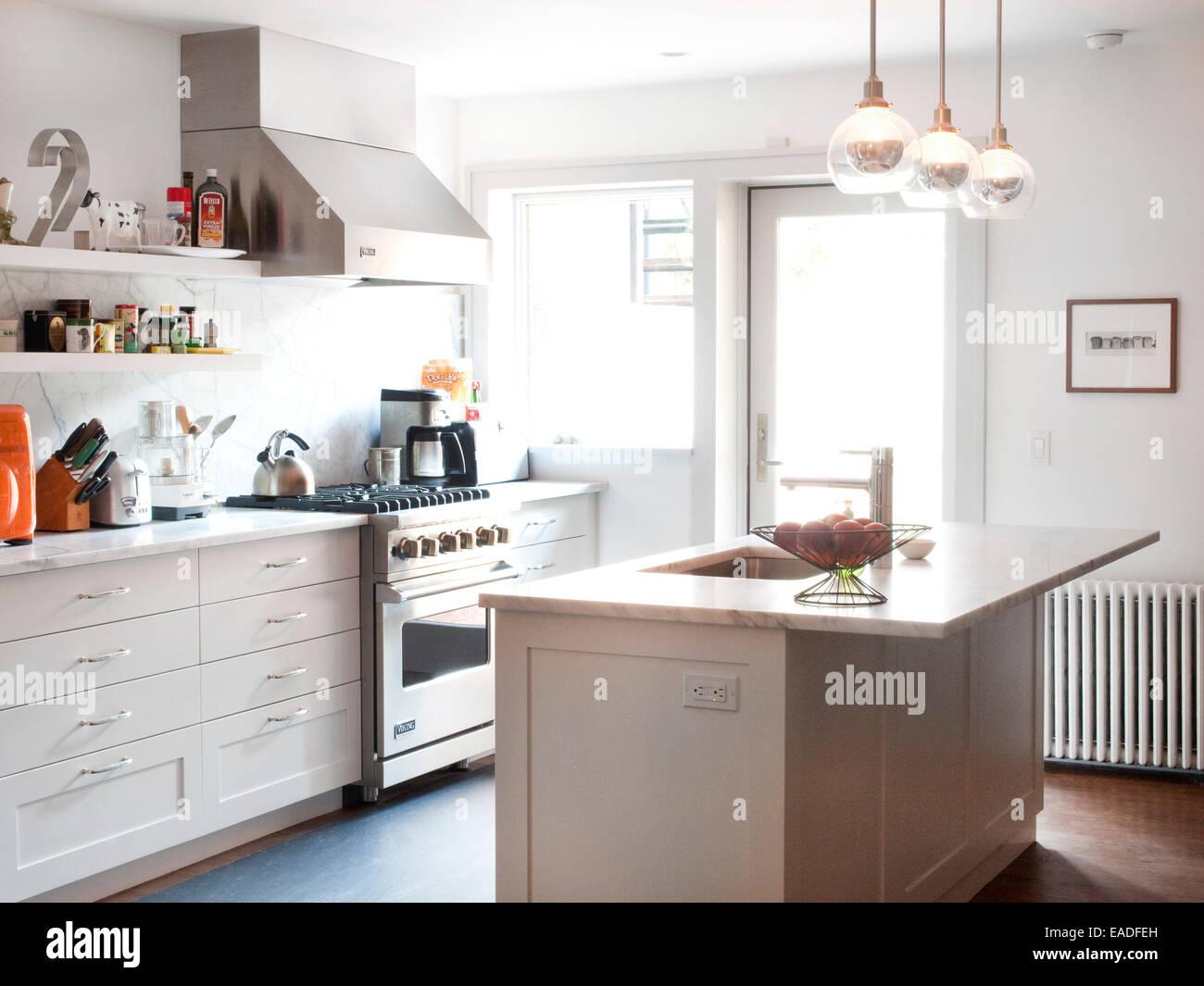 Küche von Stadthaus Stockbild