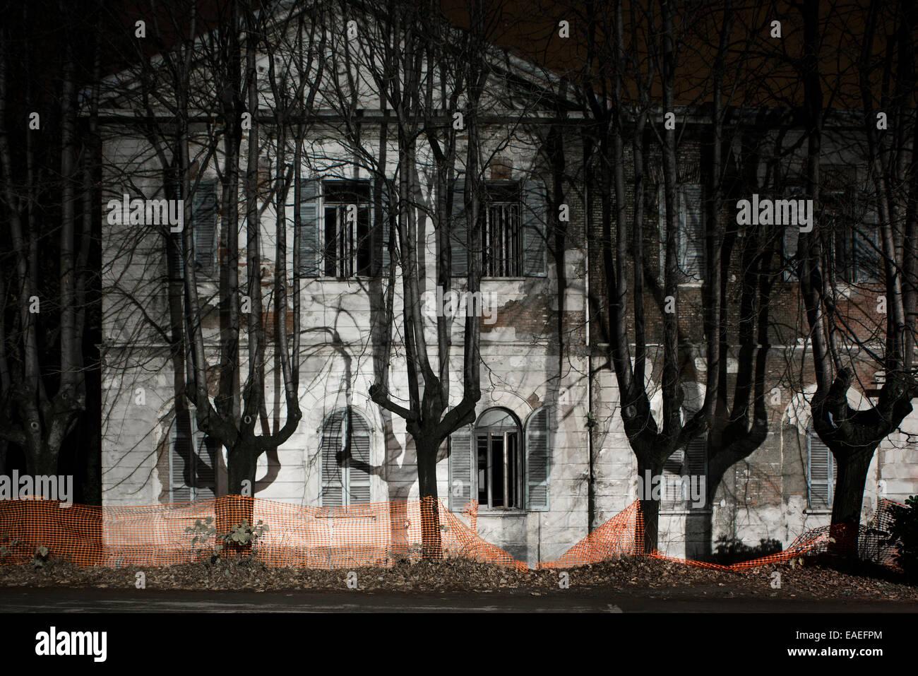 Mombello verlassenen Nervenklinik Gebäude Stockbild