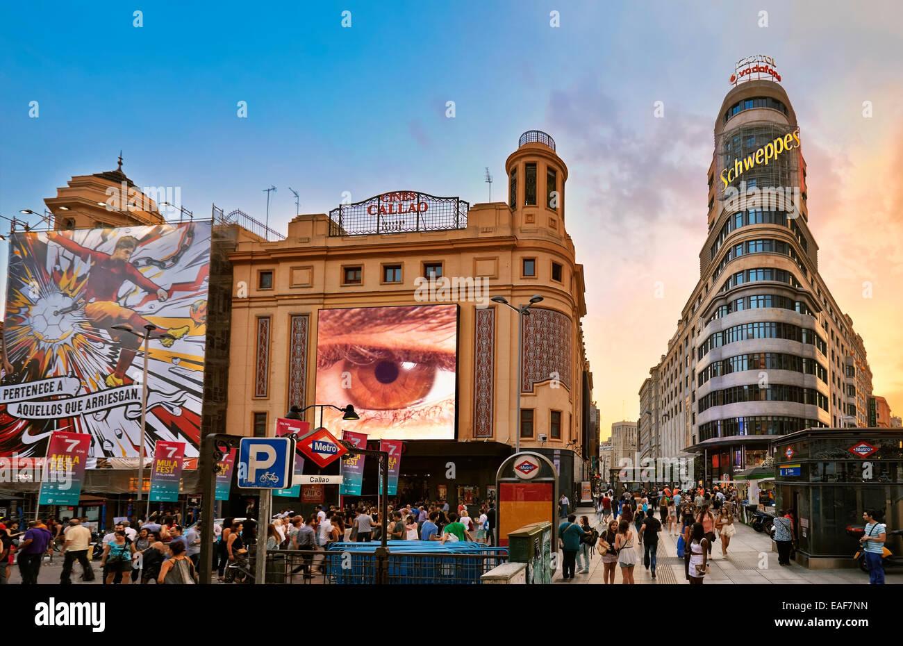 Callao quadratisch mit AAS Gebäude auf der rechten Seite. Madrid. Spanien Stockbild