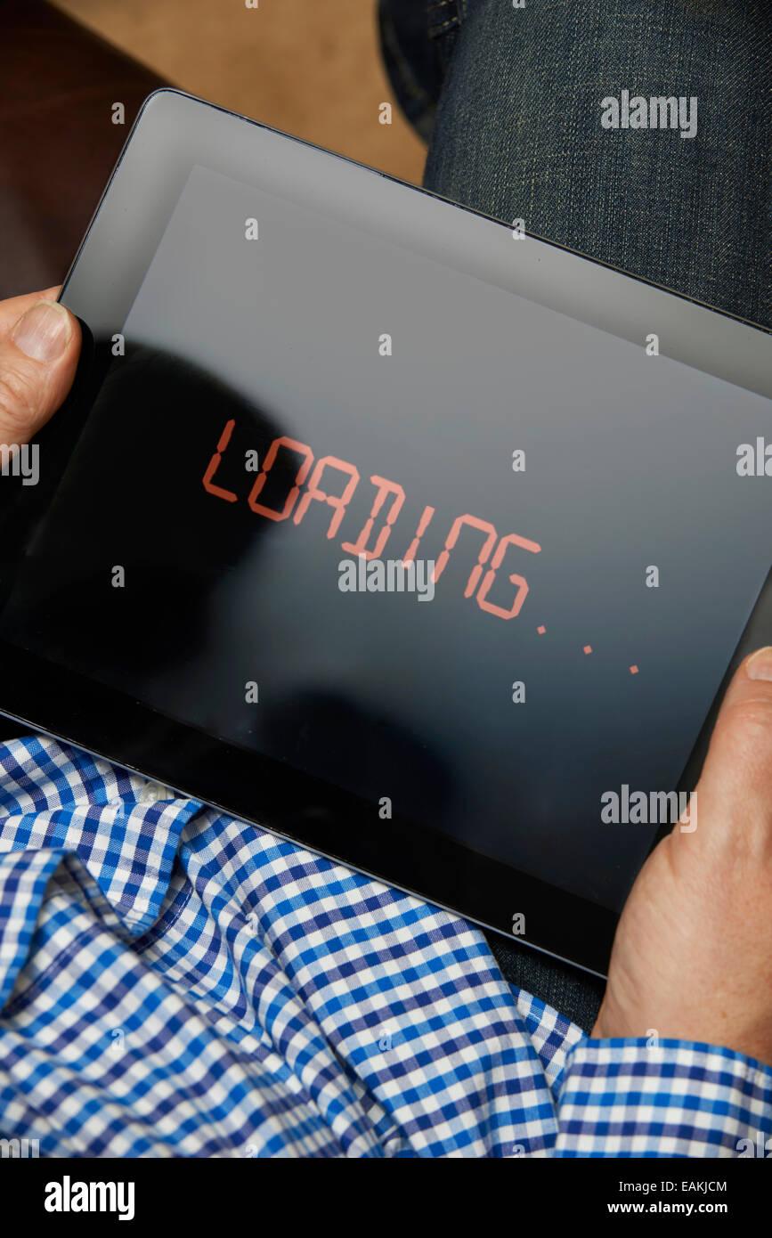 Langsame Internetverbindung auf Digital-Tablette Stockbild