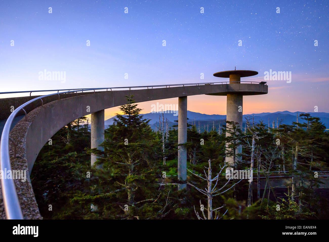 Clingman der Kuppel Berggipfel Observatorium in den Great Smoky Mountains, Tennessee, USA. Stockbild