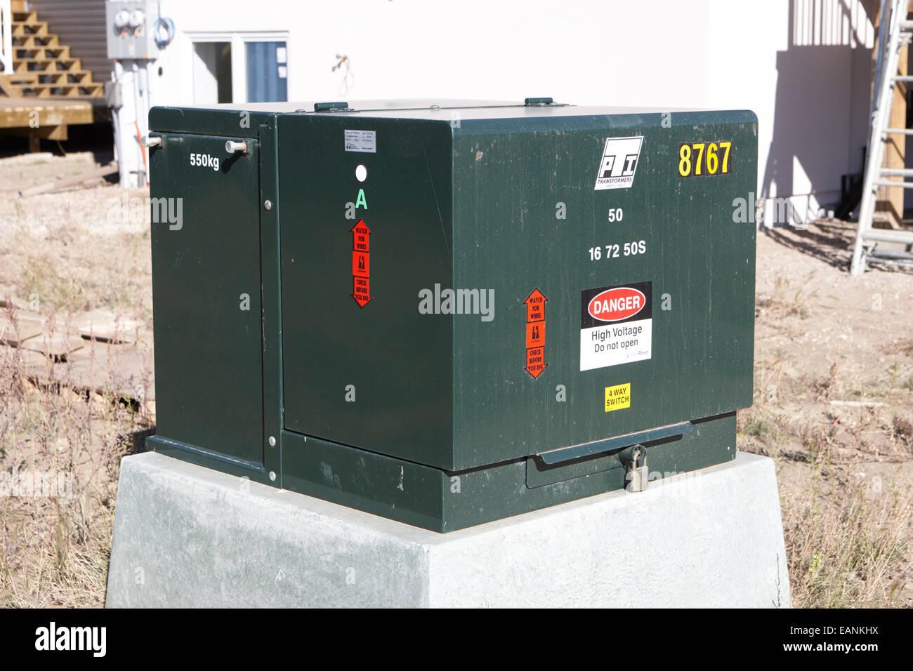 Hochspannung Nachbarschaft Power Supply Step-down Transformator Saskatchewan Kanada Stockbild
